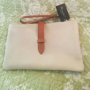 🆕Garuglieri neutral leather wristlet   , Italy